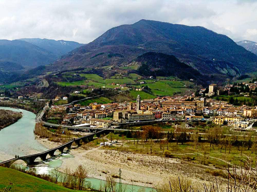 20190930123809Bobbio_-_Piacenza_-_Val_Trebbia.jpg