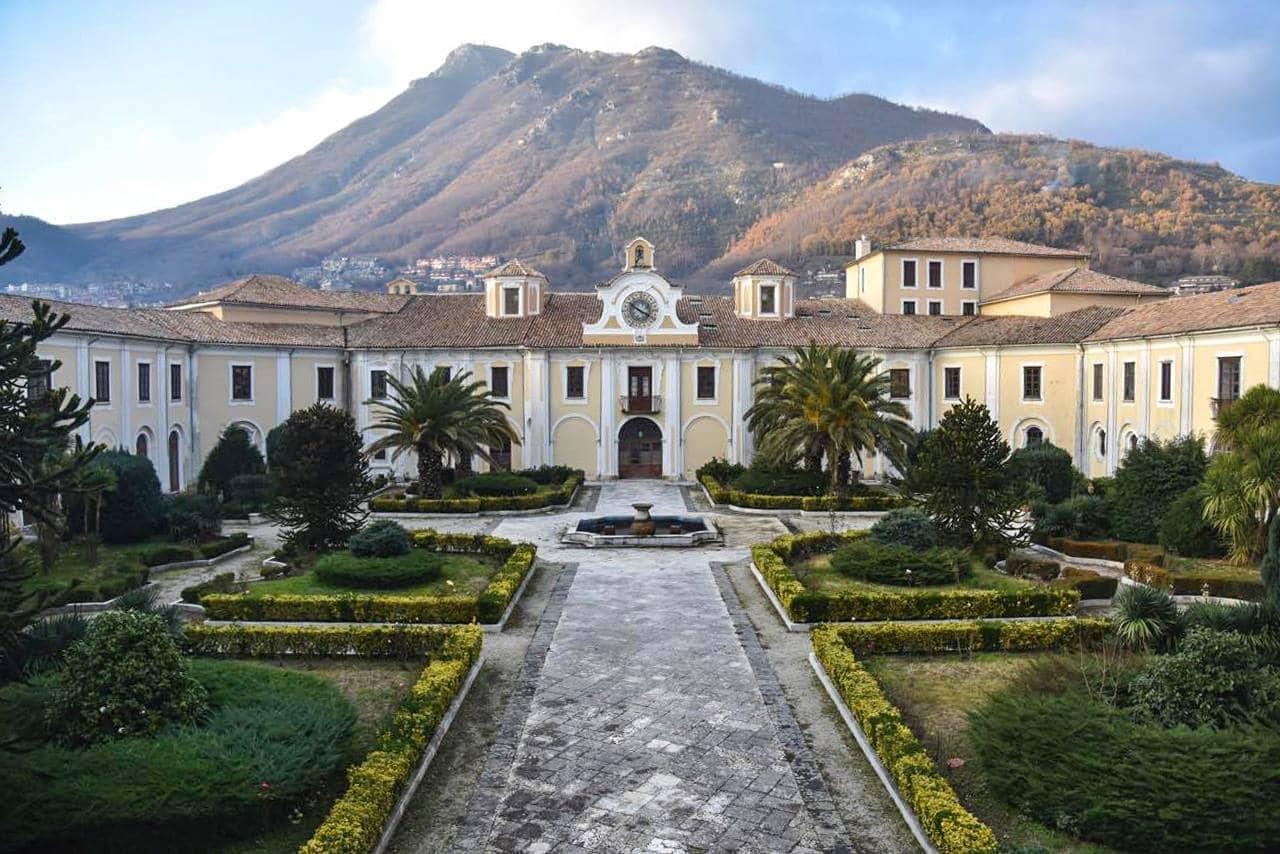 201911241810294107_palazzo-abbaziale-di-loreto.jpg