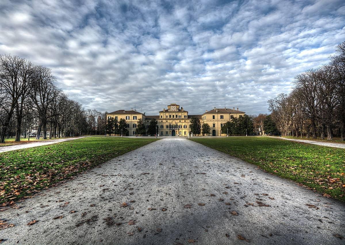 202009091301491200px-Parco_Ducale_di_Parma.jpg