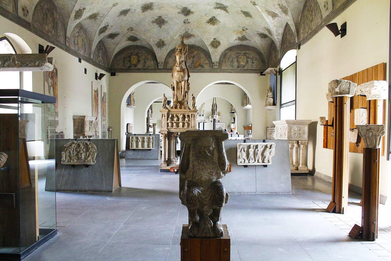 20200921115056Sala_2_del_Museo_del_Castello_Sforzesco_(Milano).jpg