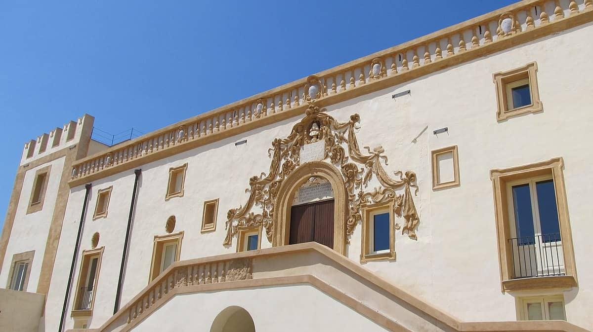 202011151939201200px-Palazzo_Butera_(Bagheria).jpg