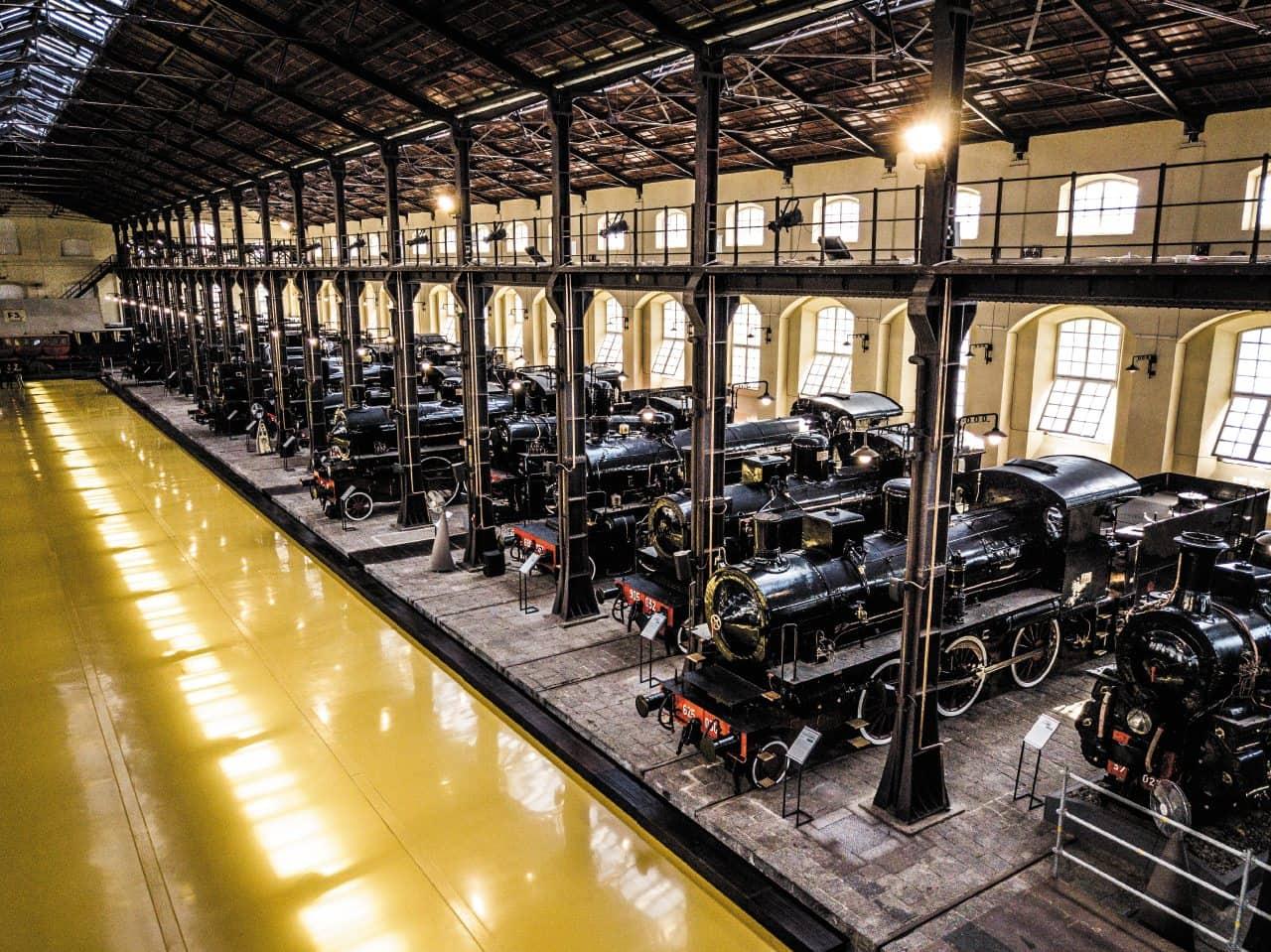 20210305152203museo-pietrarsa-Padiglione-Locomotive-a-Vapore.jpg