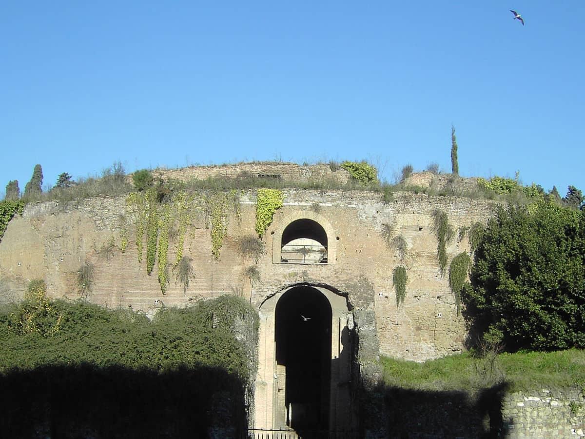 202103120208001200px-Rome,_Mausoleum_of_Augustus_01.jpg