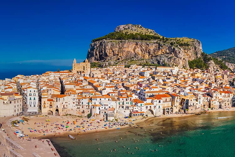 2021031616494020210309215247View_of_Cefalu_from_above_(44945905581).jpg