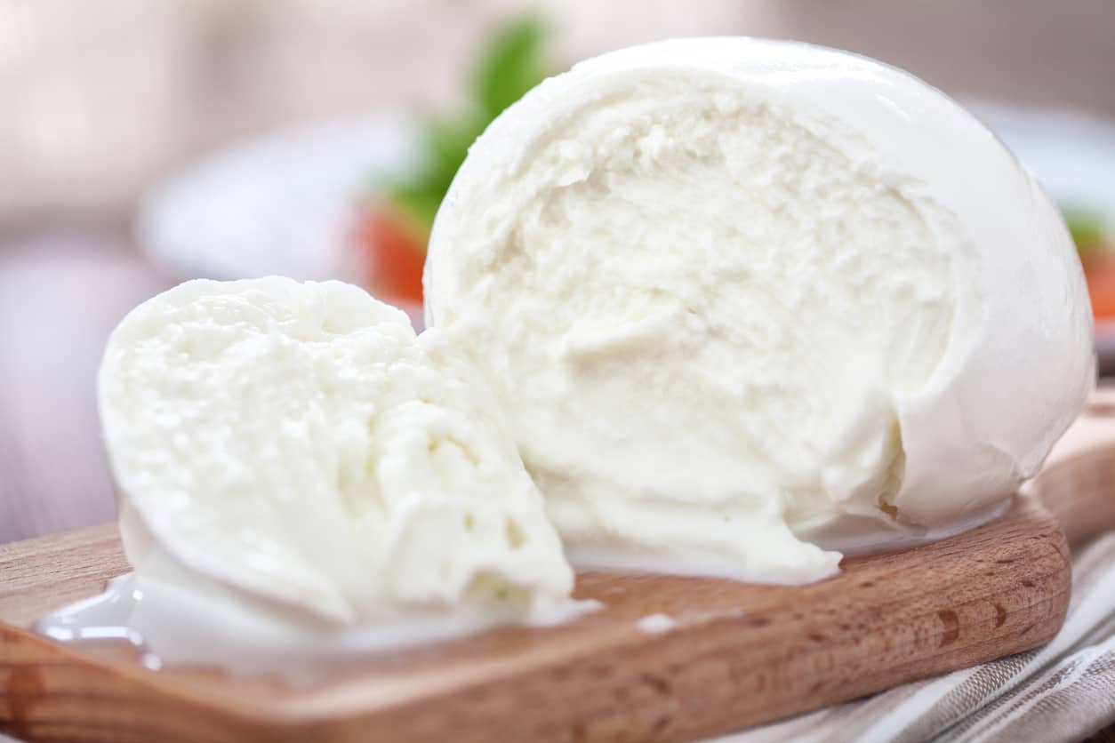 20210402131932mozzarella-di-bufala-campana-latte-congelato.jpg