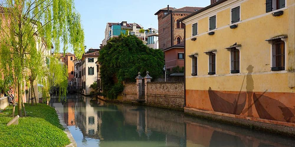 202104292125471024px-Canale_Buranelli_a_Treviso.jpg