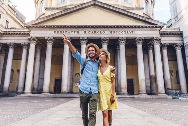 20210524124022couple-tourists-walking-city-milan-italy-people-visiting-rome_169160-392.jpg