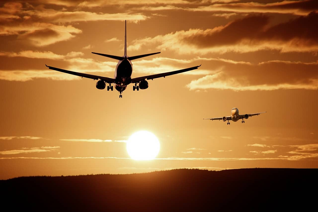 20210904131827plane-513641_1280.jpg