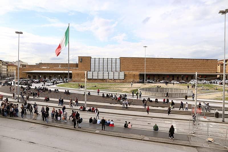 20210904152235Sailko-Stazione_di_santa_maria_novella_vista_dal_convento_di_santa_amria_novella.jpg