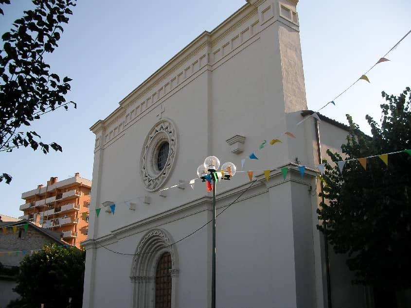 20211006181532Chiesa_Santa_Reparata_Casoli.jpg
